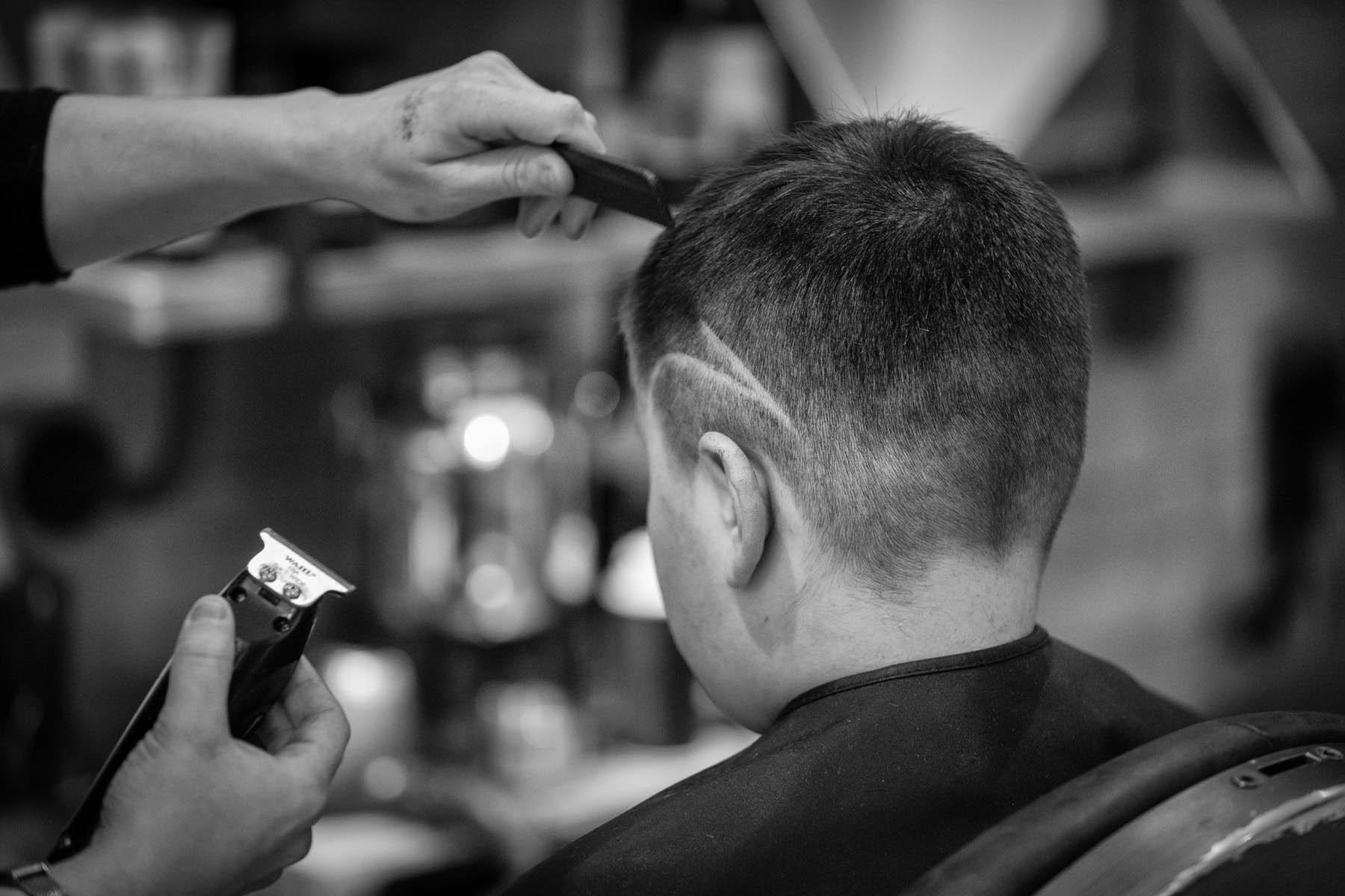 photo d'une coupe ado au salon inter coiff par Carole photographe